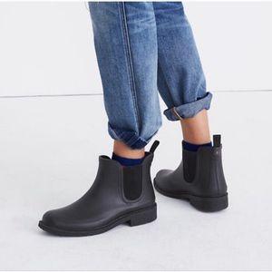 Madewell Chelsea rain boots black size 6